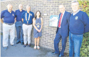 Peter Webb, John Norman, Mike Boughton, Tenterden Mayor Cllr Pam Smith, Town Clerk Phil Burgess and Steve Clark at the presentation of the defibrillator.
